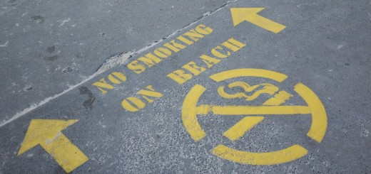 No smoking on beach